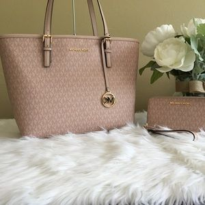 New Michael Kors medium care tote & wallet